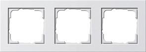 Обладающая повышенной прочностью Рамка трехместная Gira E2 Белый Матовый